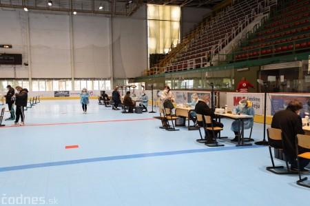Foto a video: V Prievidzi dnes otvorili veľkokapacitné očkovacie centrum. Tento víkend zaočkujú 2000 ľudí 5