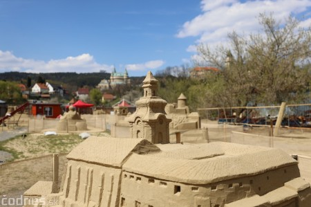Foto: Pieskové sochy v Bojniciach otvárajú už 1.mája 2021 34