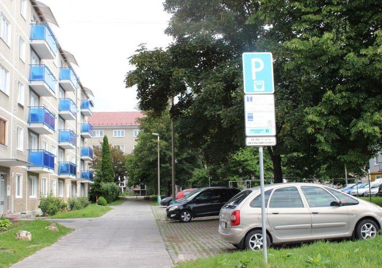 Rezidentskú parkovaciu kartu – návšteva v Prievidzi vybavíte online