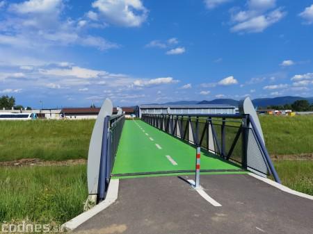 Foto: Cyklotrasa Trenčín - Nemšová. Pekná a ideálna cyklotrasa pre rodiny s deťmi. 27