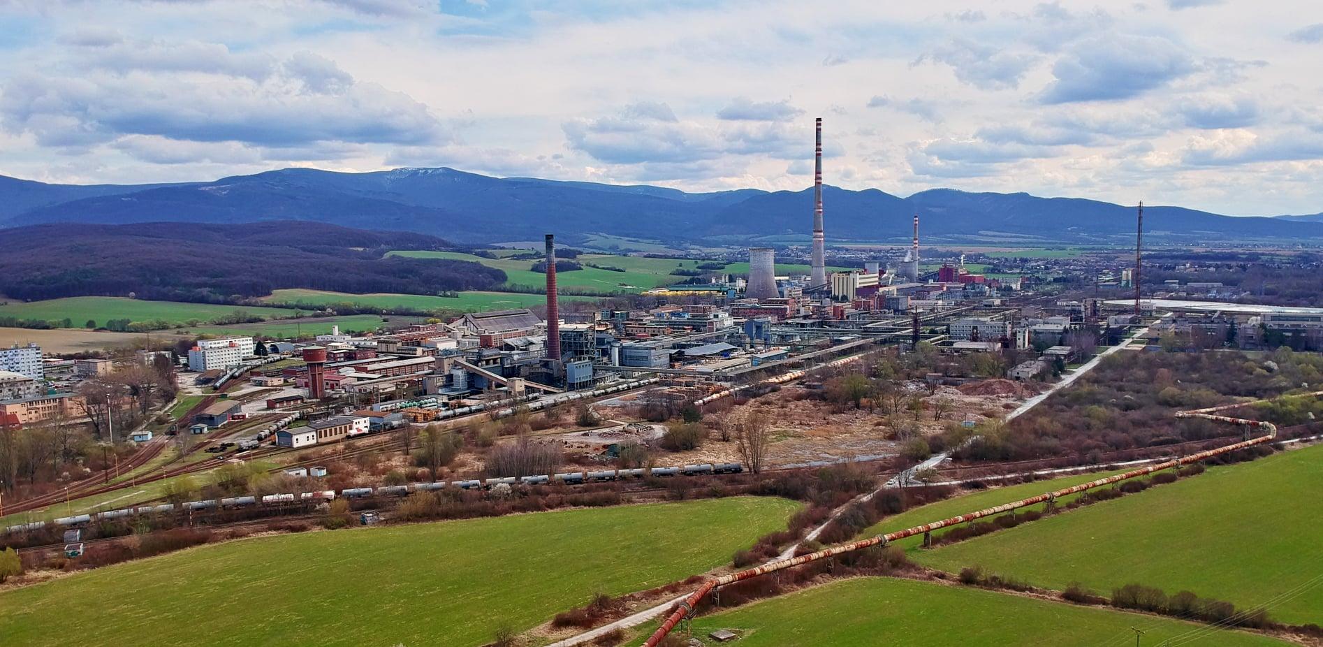 Drevnú štiepku aj zemný plyn chcú v Prievidzi využiť ako zdroj tepla