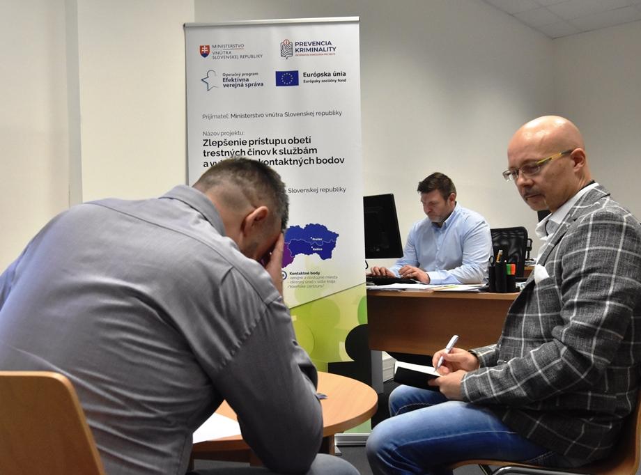 V Prievidzi otvorili informačnú kanceláriu pre obete trestných činov