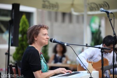 Foto a video: Adriena Bartošová & Band. Hosť Štefan Bučko - Café Merlo Prievidza 10