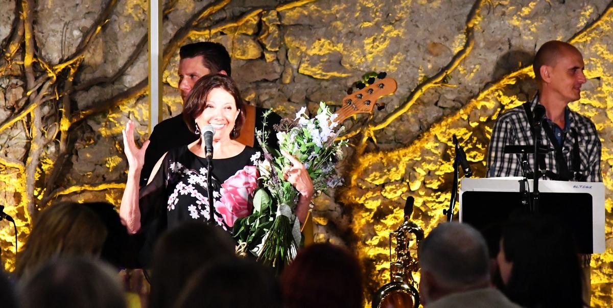 Foto a video: Marie Rottrová - Bojnice - Bojnický dvor