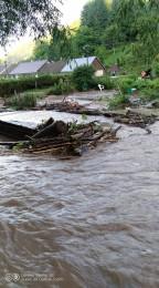 Búrky počas noci z nedele na pondelok boli najintenzívnejšie v Trenčianskom kraji. Na stanici Valaská Belá spadlo 104 milimetrov zrážok 3