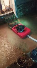 Búrky počas noci z nedele na pondelok boli najintenzívnejšie v Trenčianskom kraji. Na stanici Valaská Belá spadlo 104 milimetrov zrážok 15