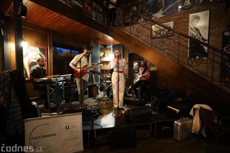 Foto: Barbora Švidraňová & Basie Frank Band 19