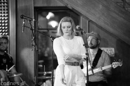 Foto: Barbora Švidraňová & Basie Frank Band 27