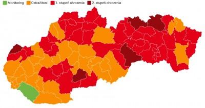 Covid automat: Okres Prievidza ostáva od 27.9. oranžový. Zelený už je len jeden okres.