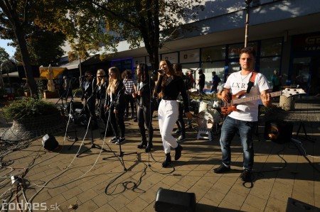 Foto: Koncert súborov ZUŠ L. Stančeka na námestí v Prievidzi 8