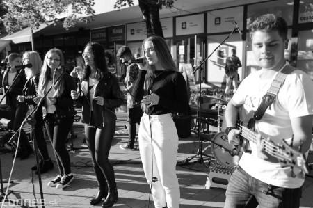Foto: Koncert súborov ZUŠ L. Stančeka na námestí v Prievidzi 13