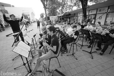 Foto: Koncert súborov ZUŠ L. Stančeka na námestí v Prievidzi 29